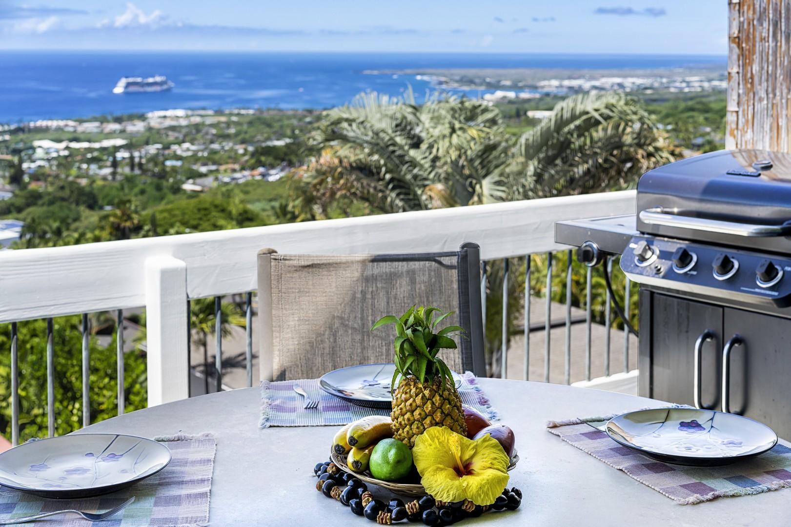 Outdoor dining with 180 degree views!