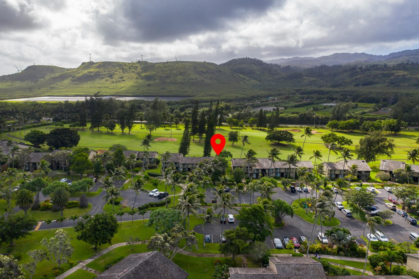 Aerial view of the community, with the Koolau Mountains in the background