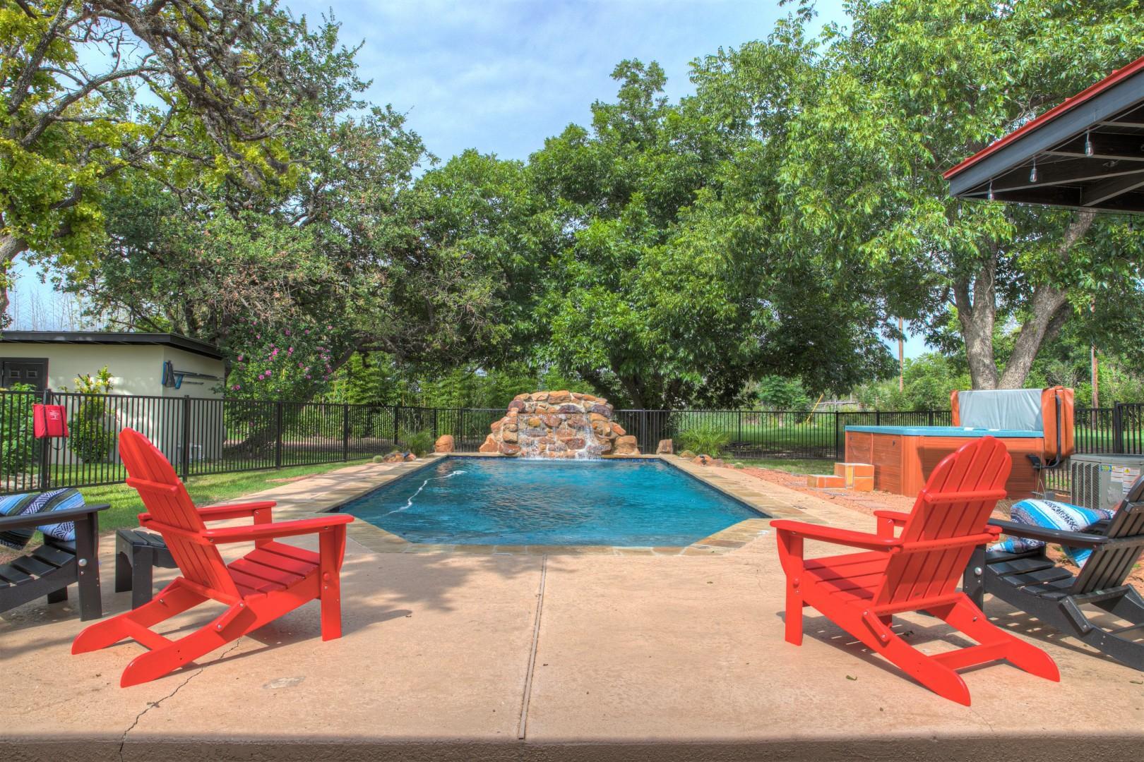 NEW! Luxurious Home w/Pool&Hot Tub