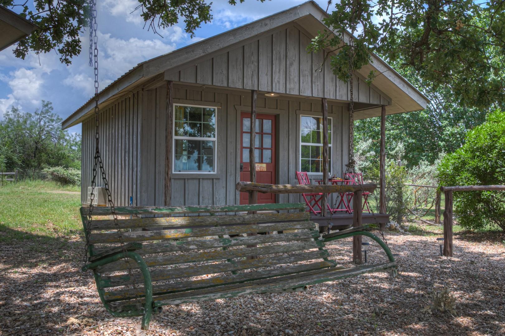 New! Gorgeous Cabin w/ HillCountryViews