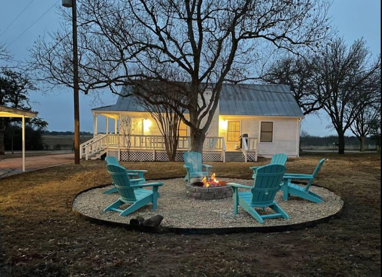 Gorgeous Home on Wine Trail w/ Fire Pit!