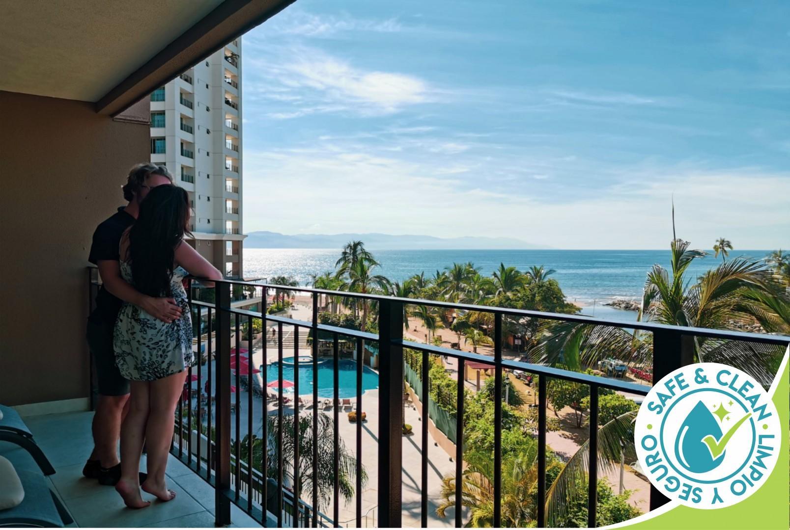Ocean View Condo 1Bd 2Ba | Huge Terrace, Beachfront Pools, Gym, BBQ