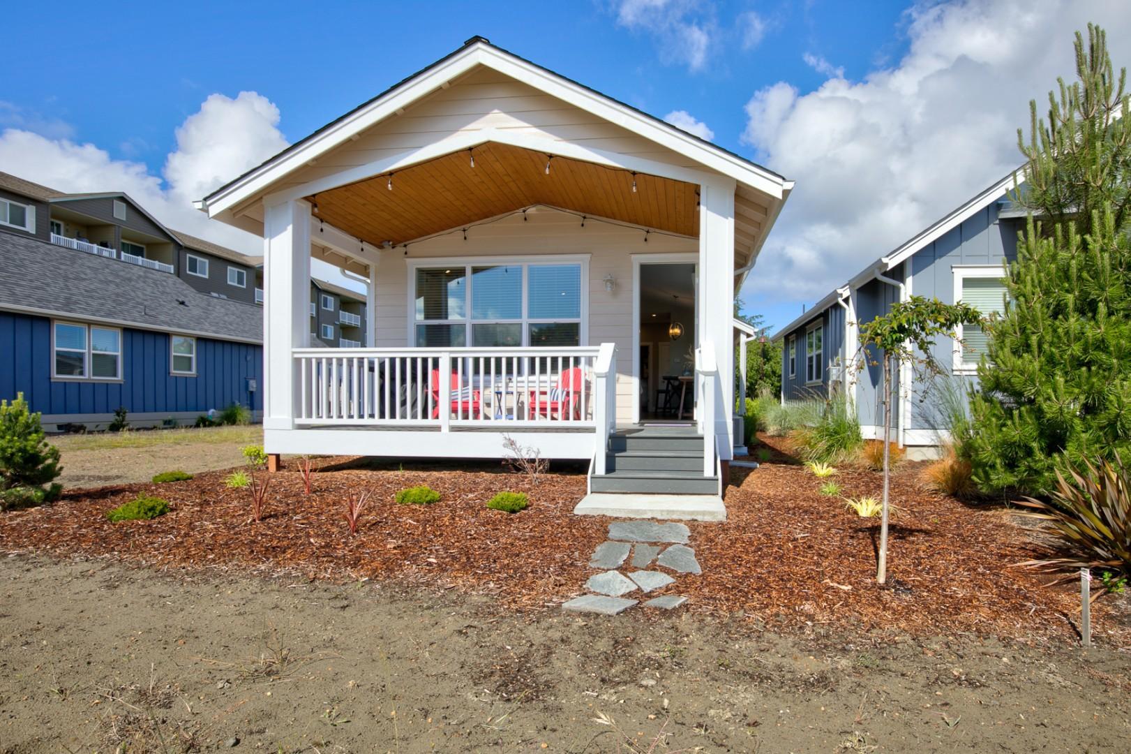 027 Tranquility Base Cottage