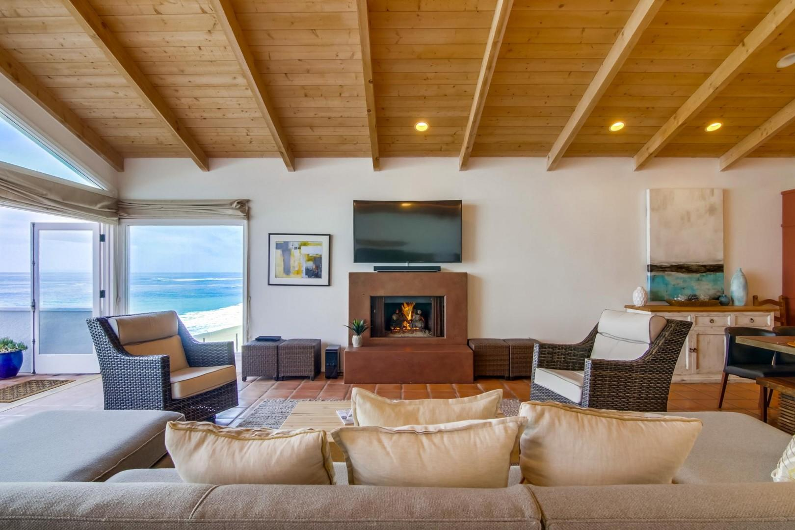 Fireplace and flat-screen TV features