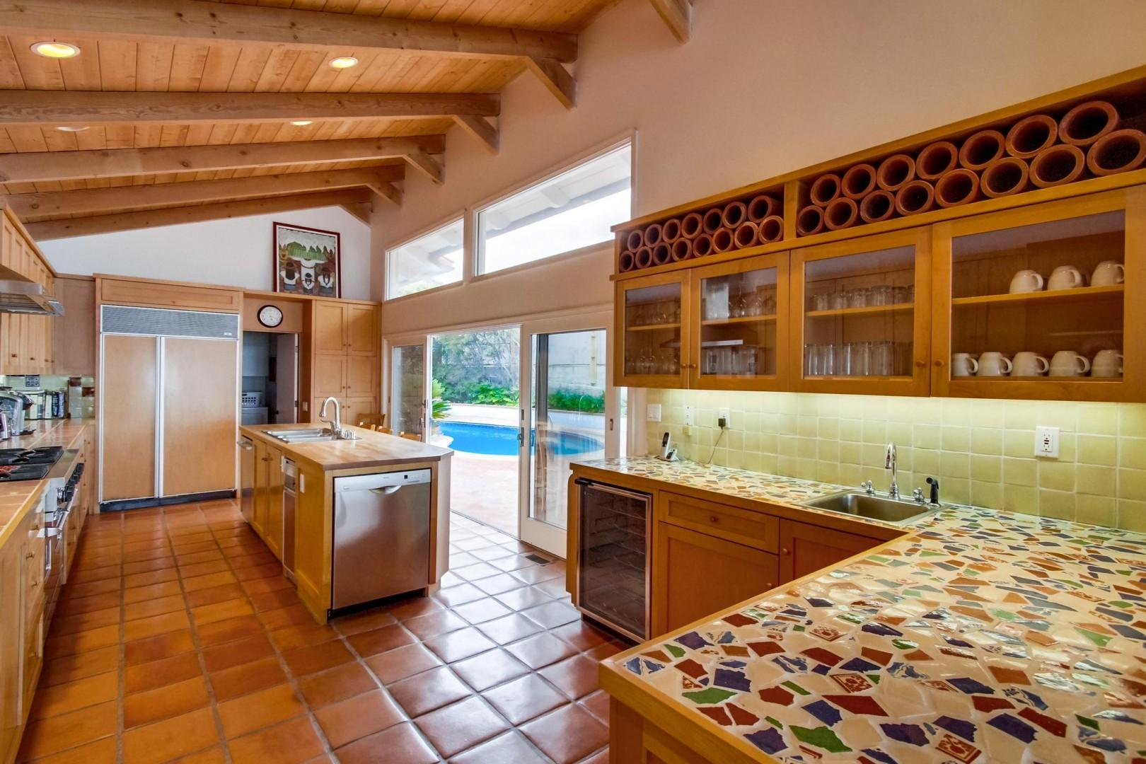 Tons of counter space & high end appliances