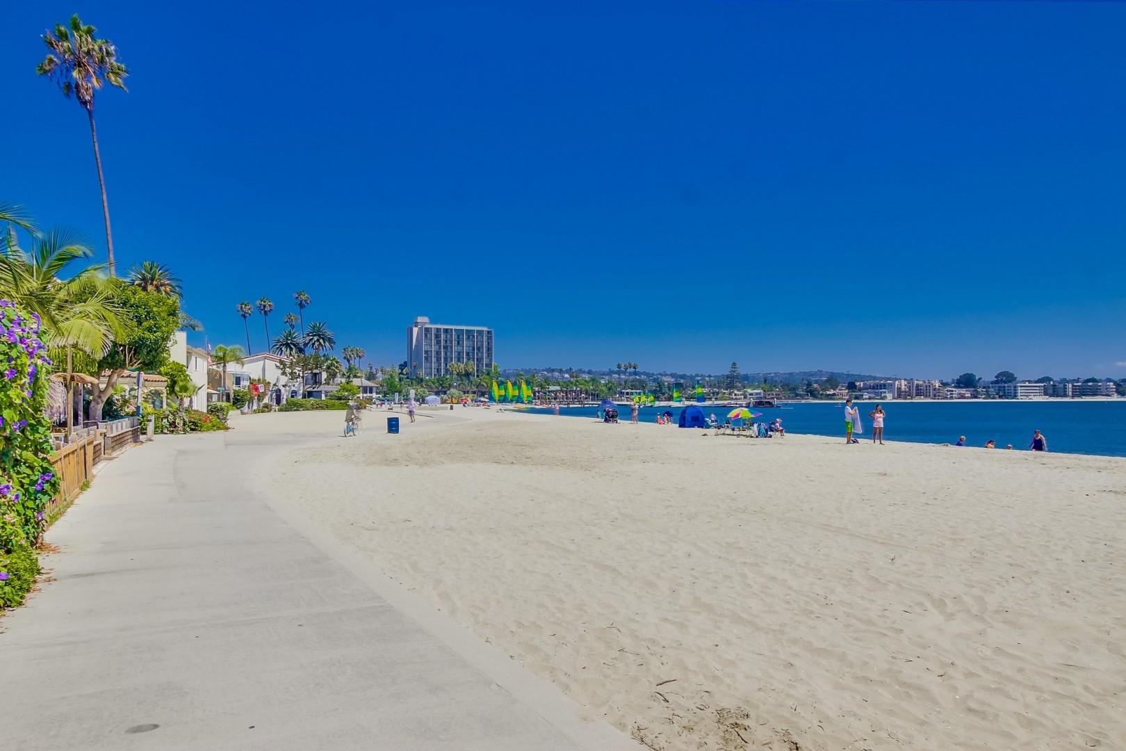 Mission_Bay_Beachfront