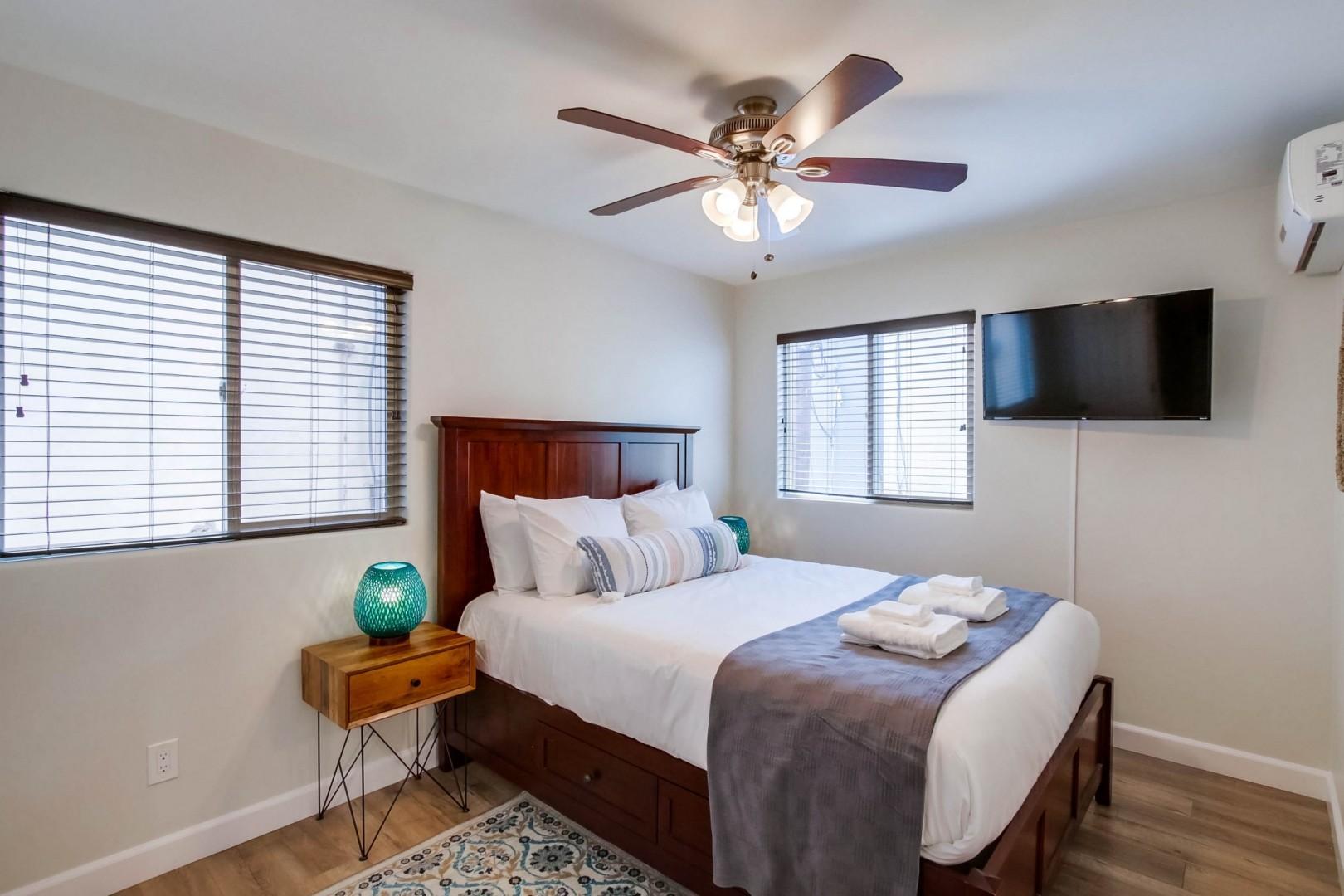 Bedroom 4 with a queen bed