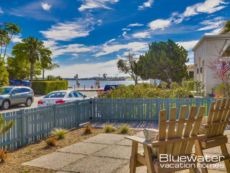 B5199 Mission Bay Classic Beach House