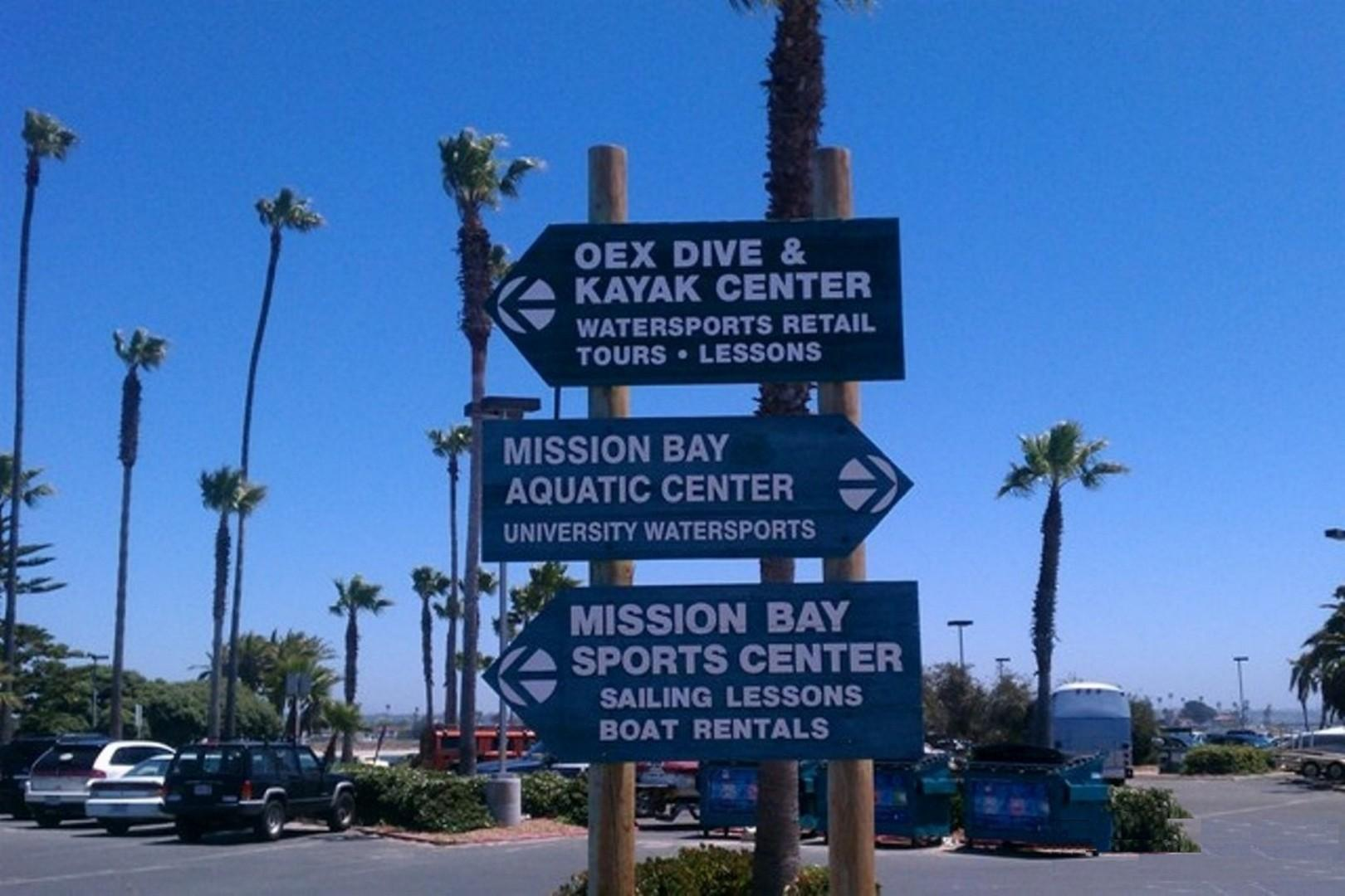 Mission Bay Aquatic Center Sign