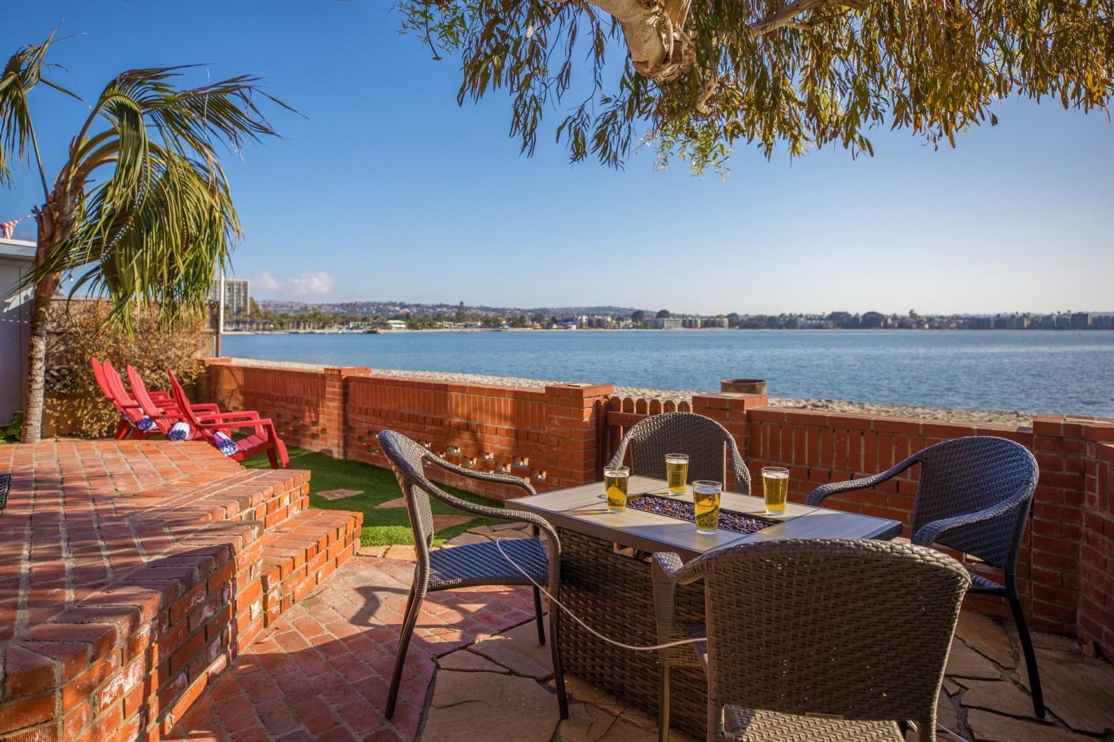 3834_Bayside_Walk_San_Diego_Airbnb_15