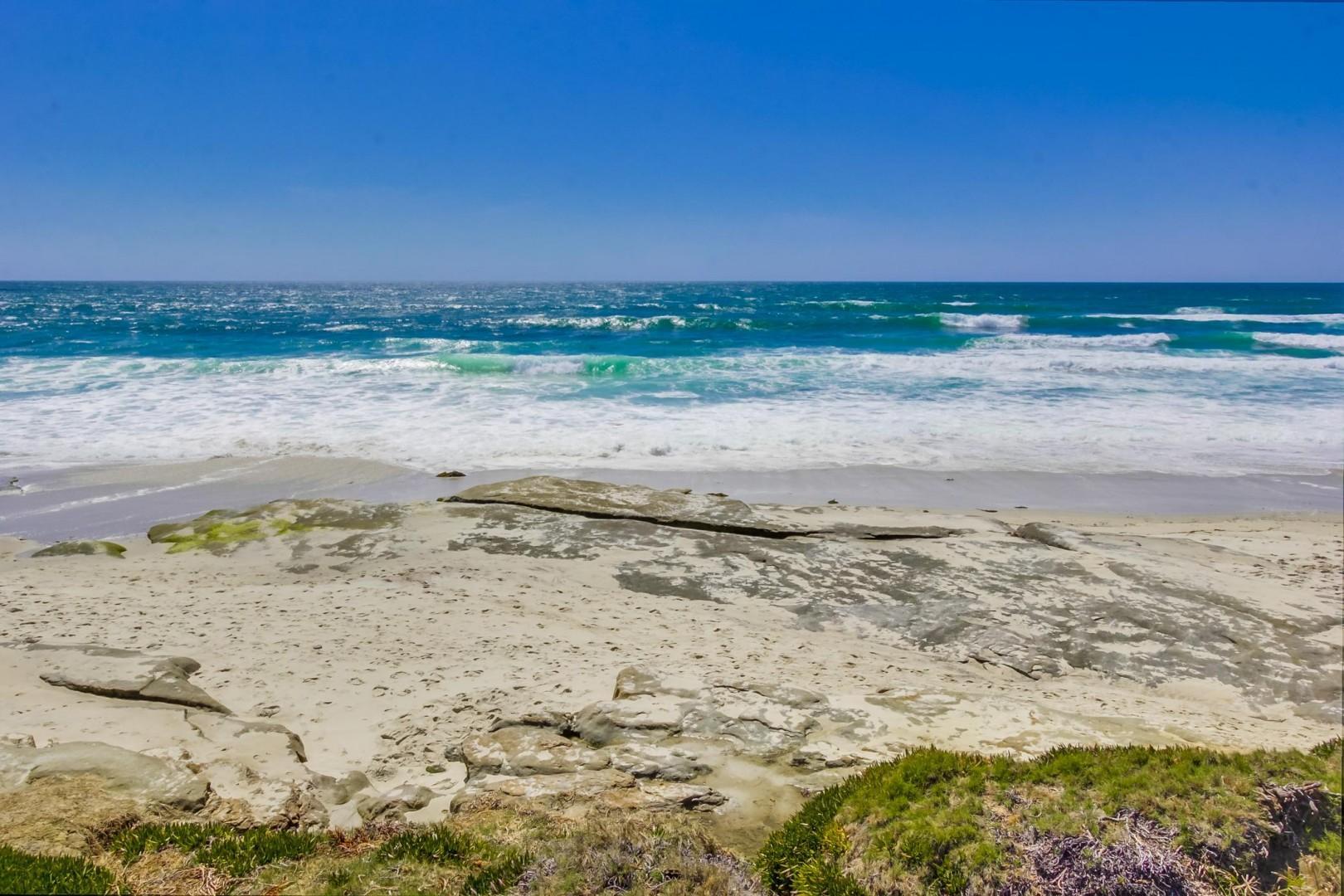 6701-vista-del-mar-ave-072_2100x1400