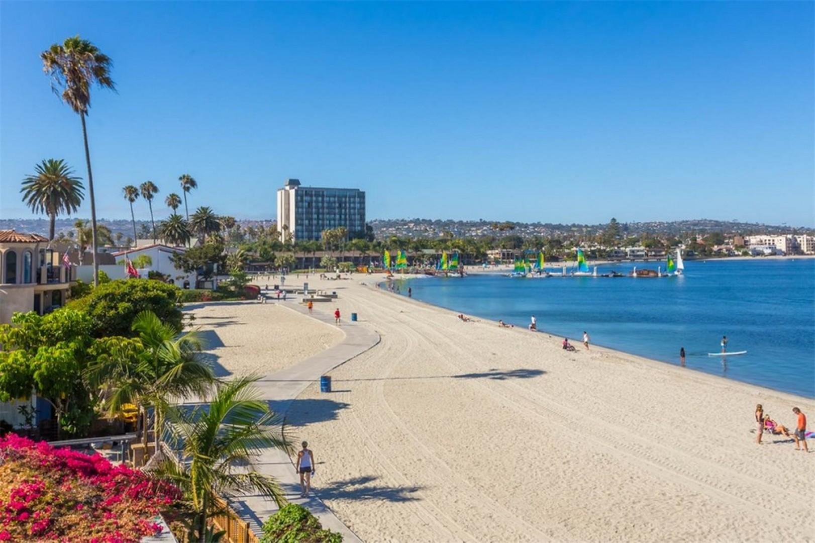 Mission Beach 3714-bayside-walk 30