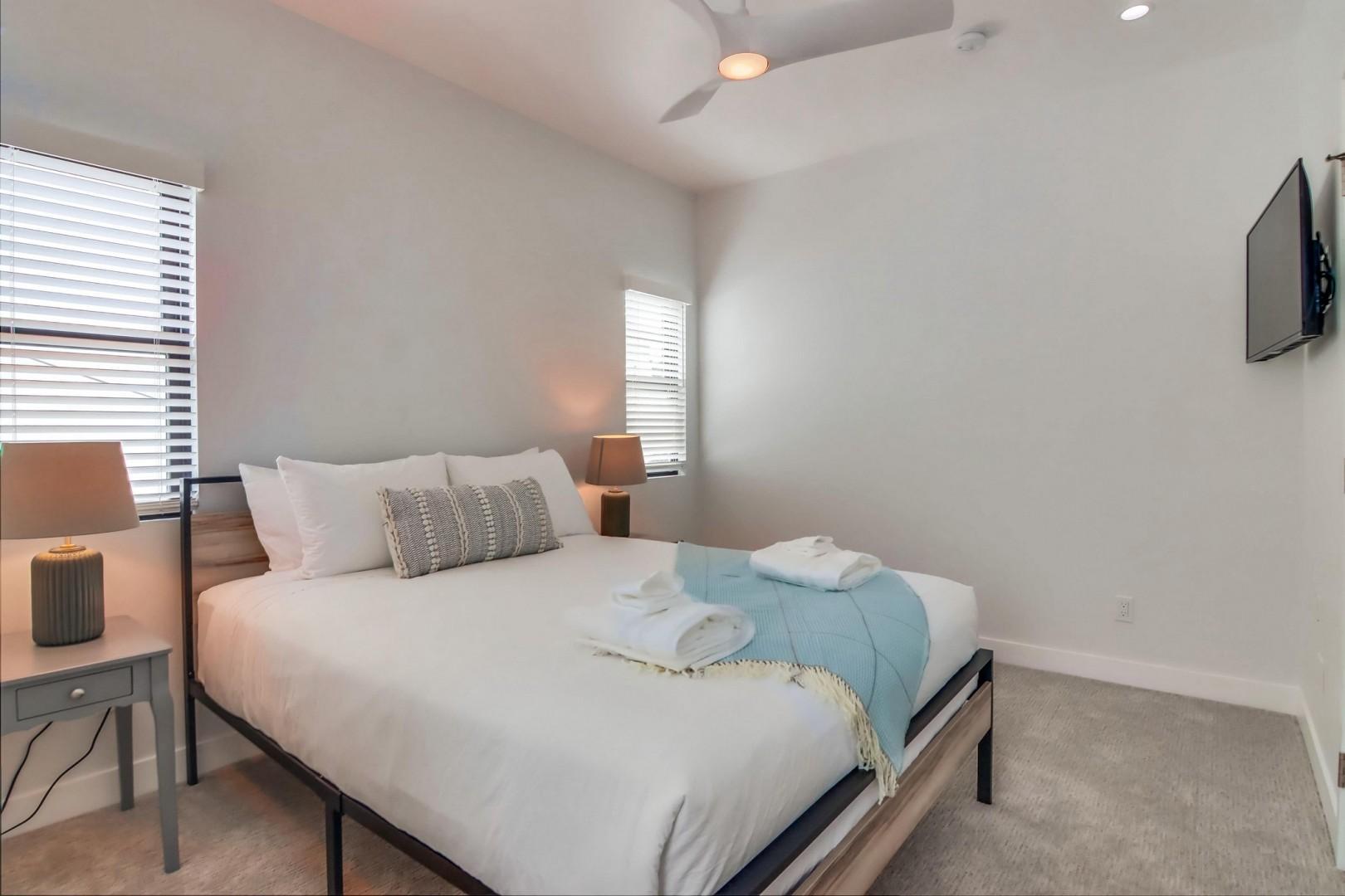Bedroom Suite 3 with queen bed