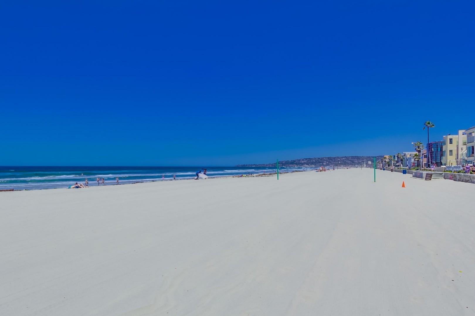 3275-ocean-front-walk-1-032_2100x1400