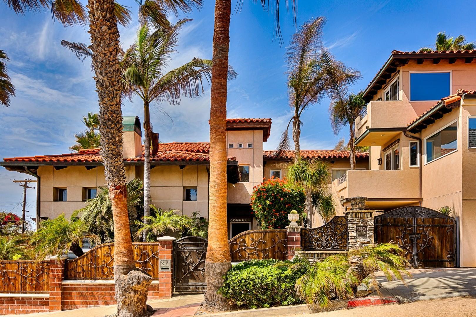 B5332 Spanish Palms