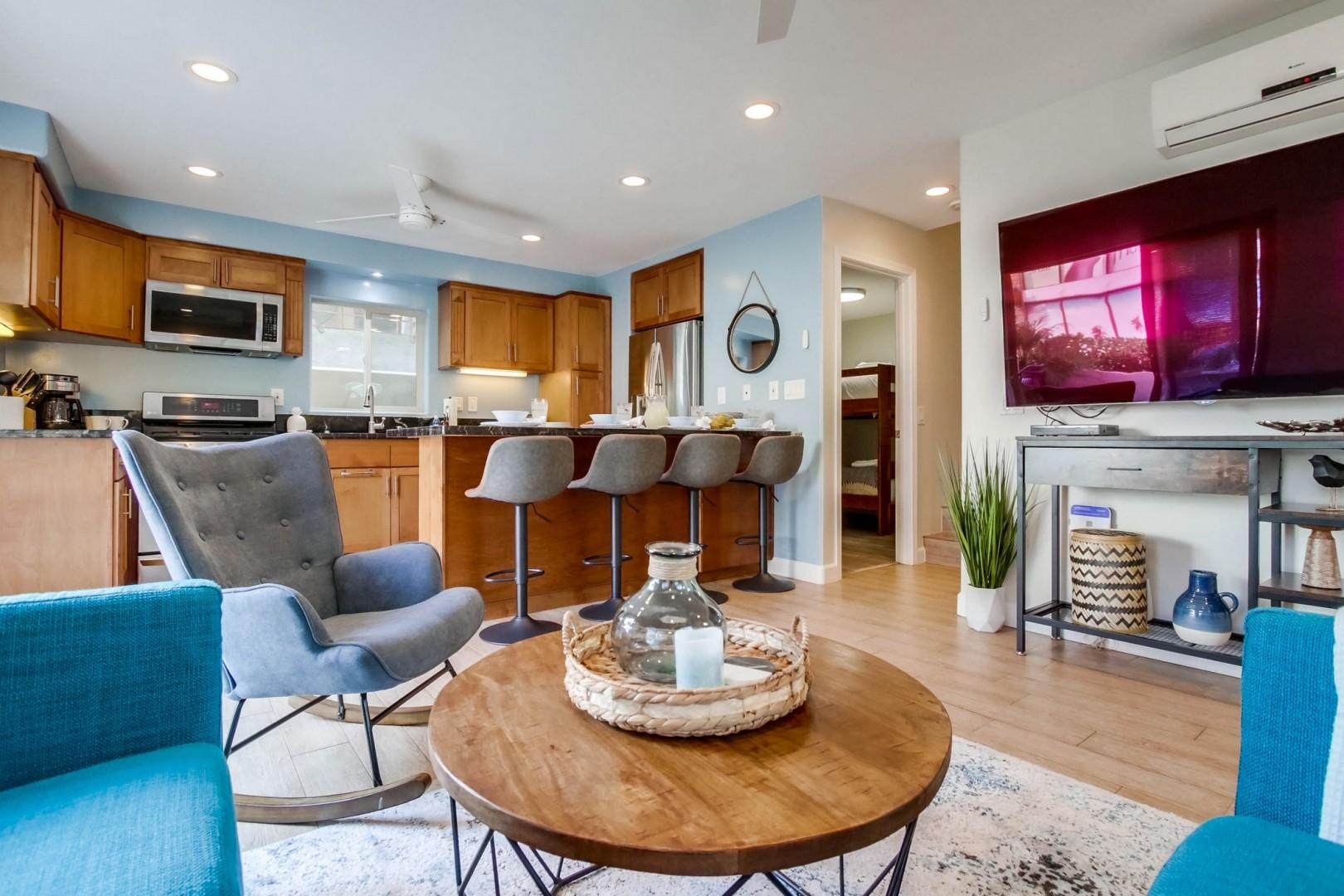 Living area with breakfast bar
