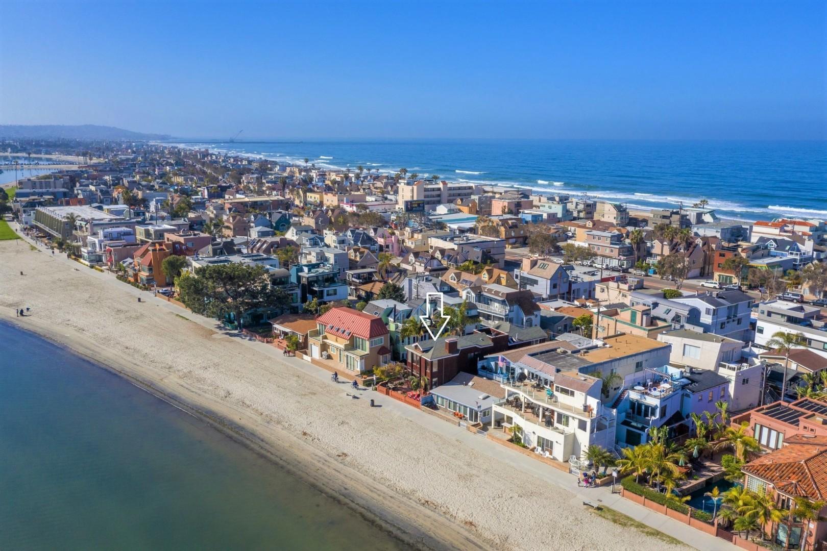 3834_Bayside_Walk_San_Diego_Airbnb_08a
