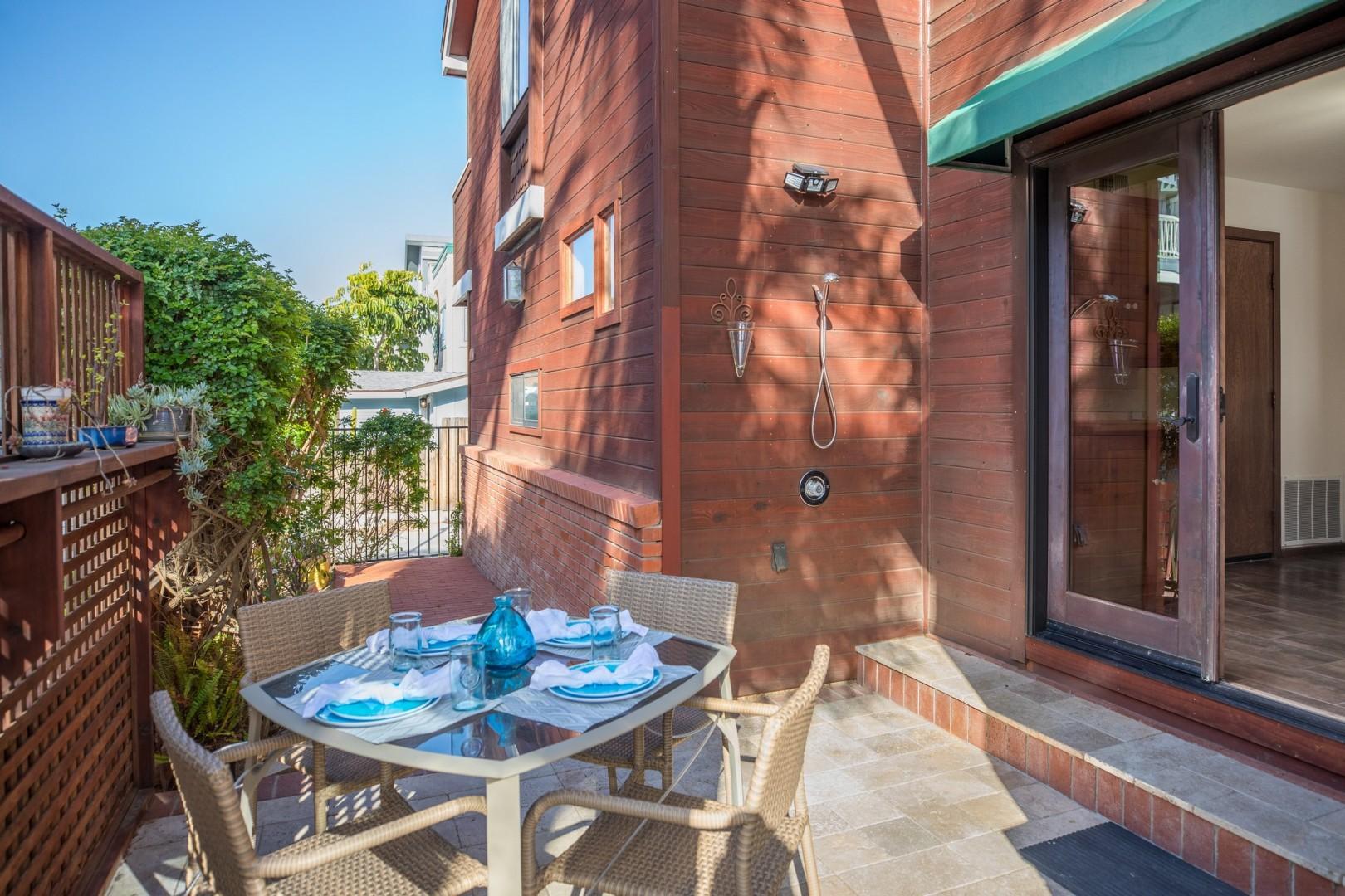 3834_Bayside_Walk_San_Diego_Airbnb_17