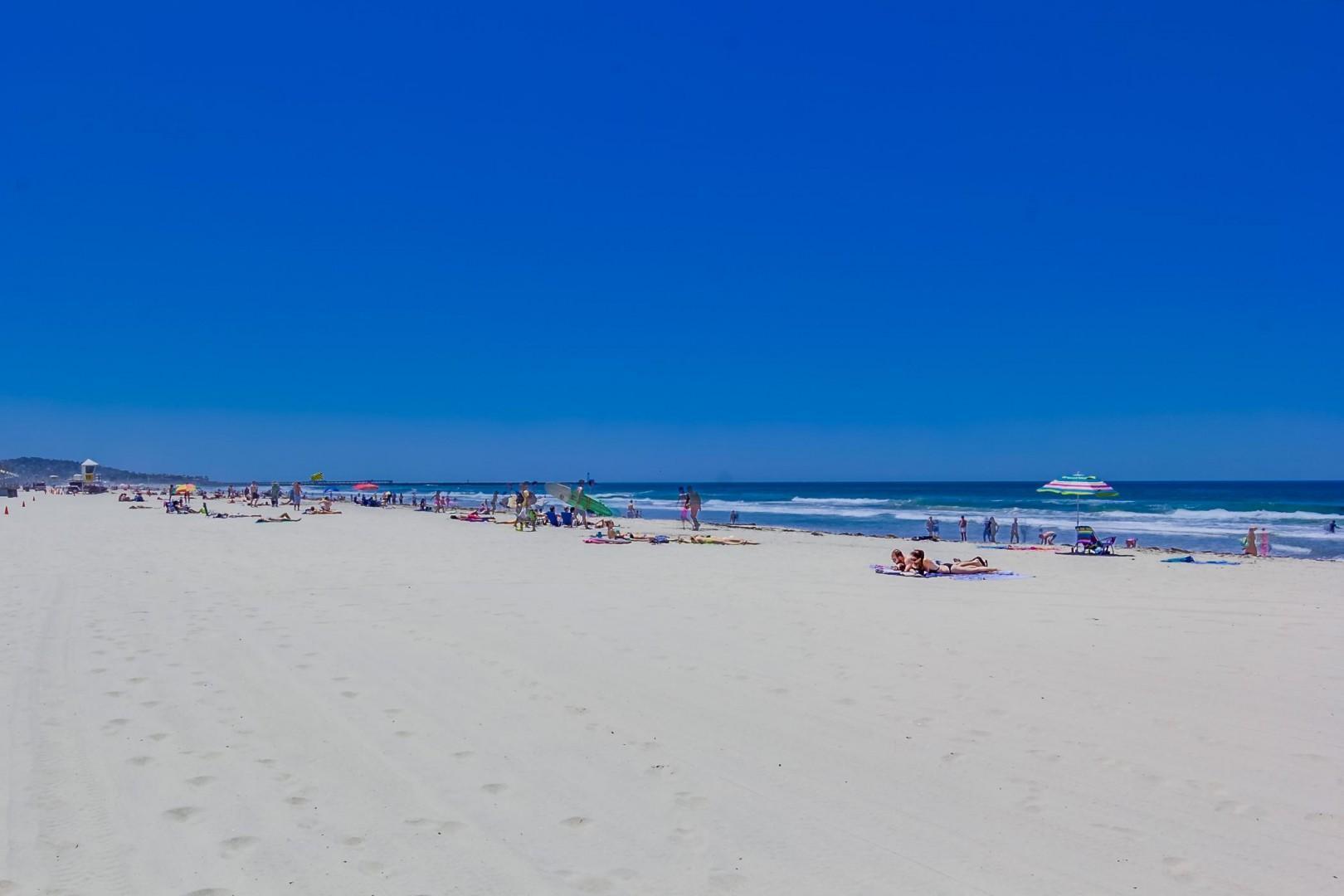 3275-ocean-front-walk-1-030_2100x1400