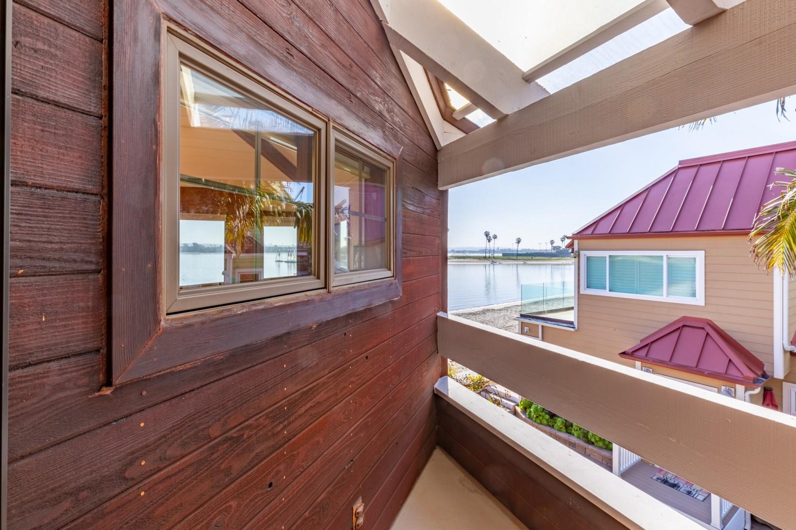 3834_Bayside_Walk_San_Diego_Airbnb_49