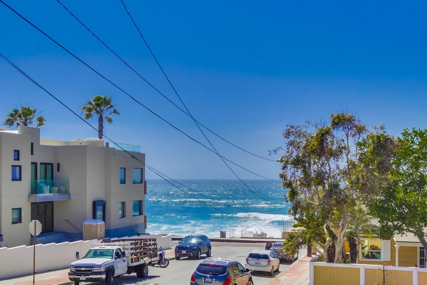 6701-vista-del-mar-ave-021_2100x1400