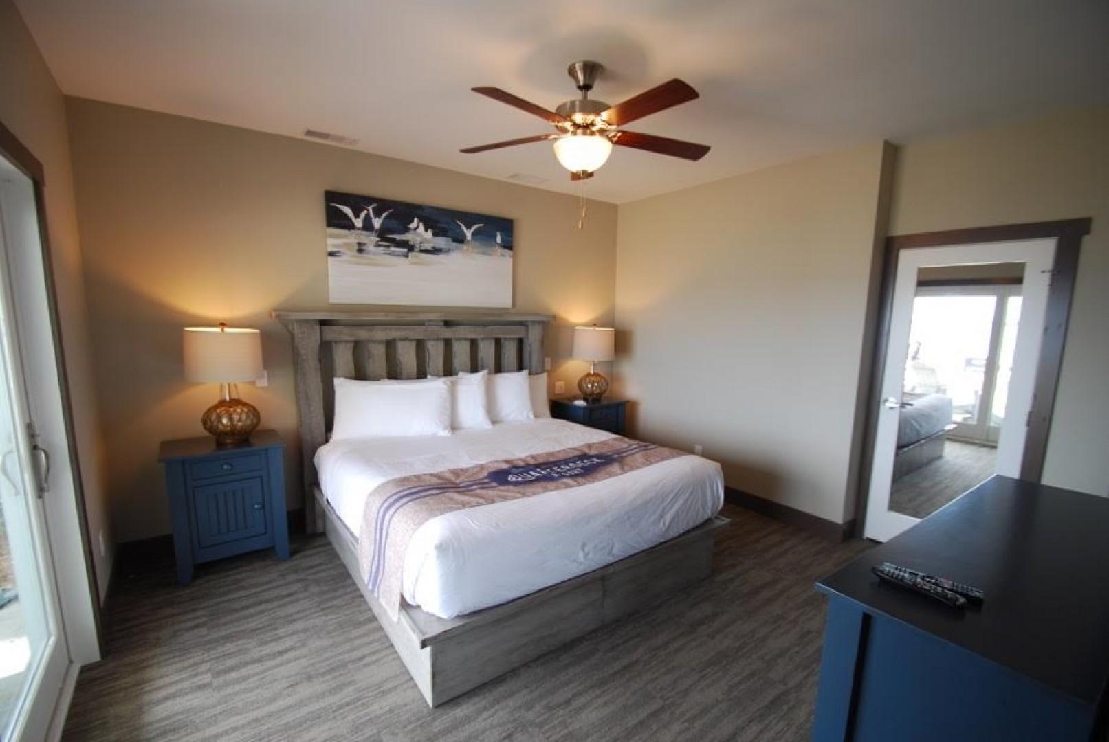 Maple - King Suite