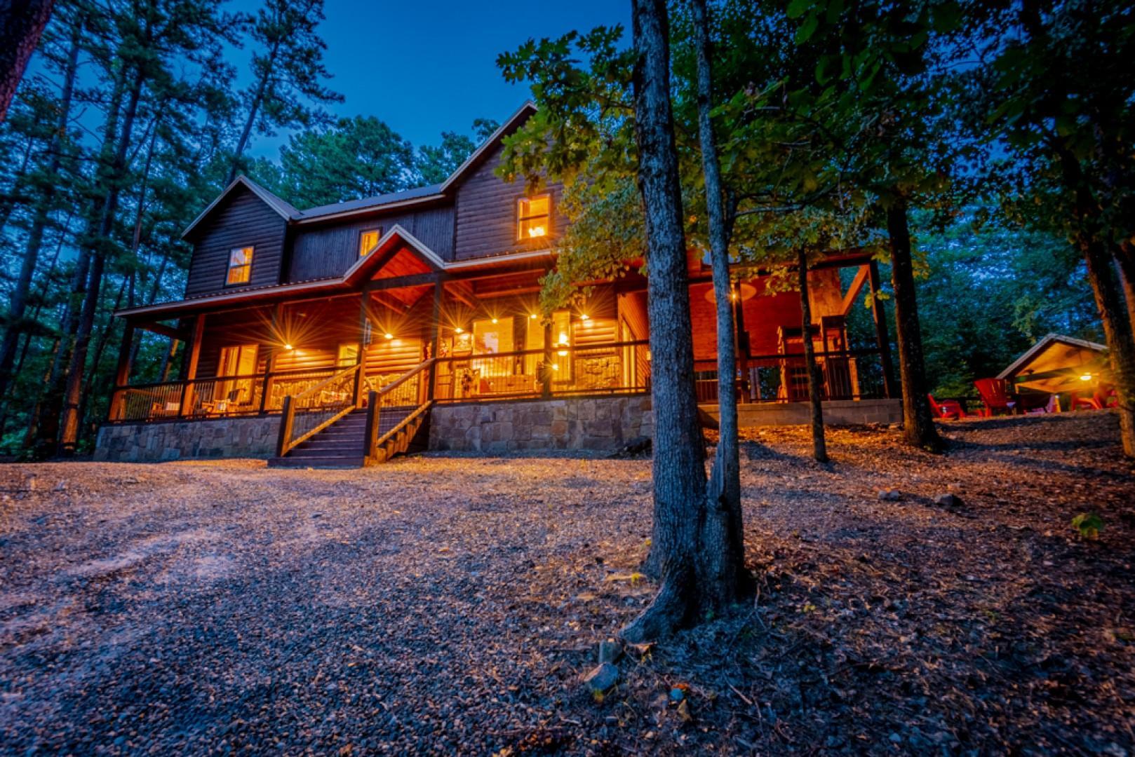 Apache Trail Lodge