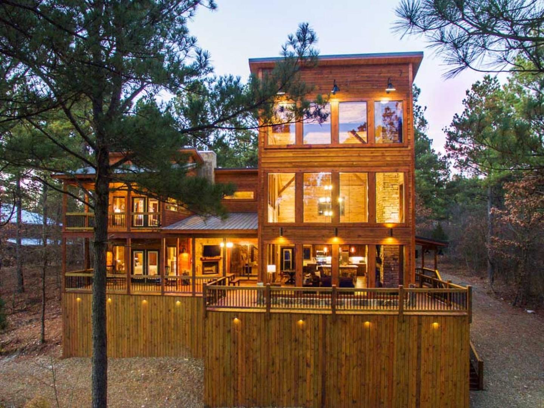 Rustic Heights Cabin