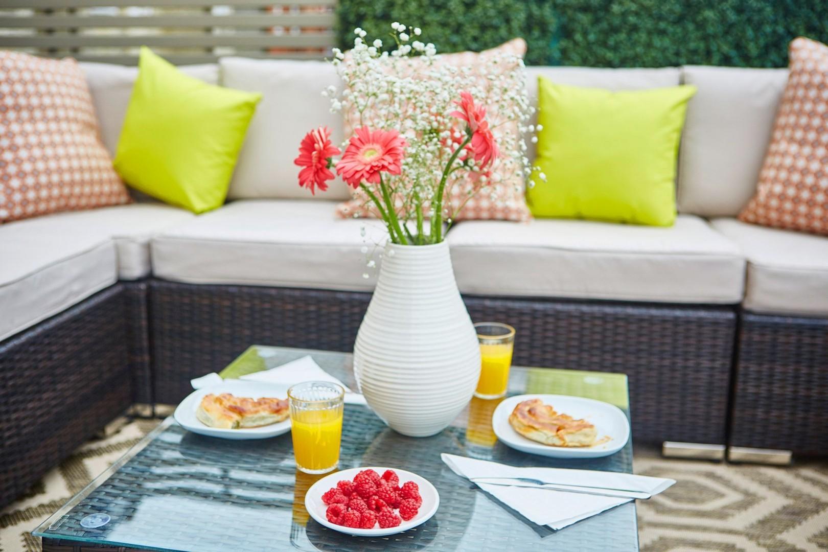 Enjoy your breakfast al fresco on the rooftop terrace