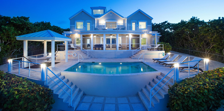Grand Cayman Villas >> Fishbones Villa Grand Cayman Villas Condos
