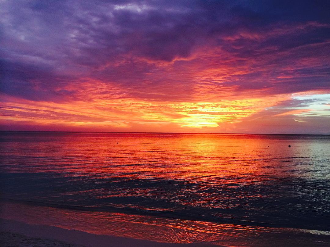 Stunning Sunsets on 7 Mile Beach.