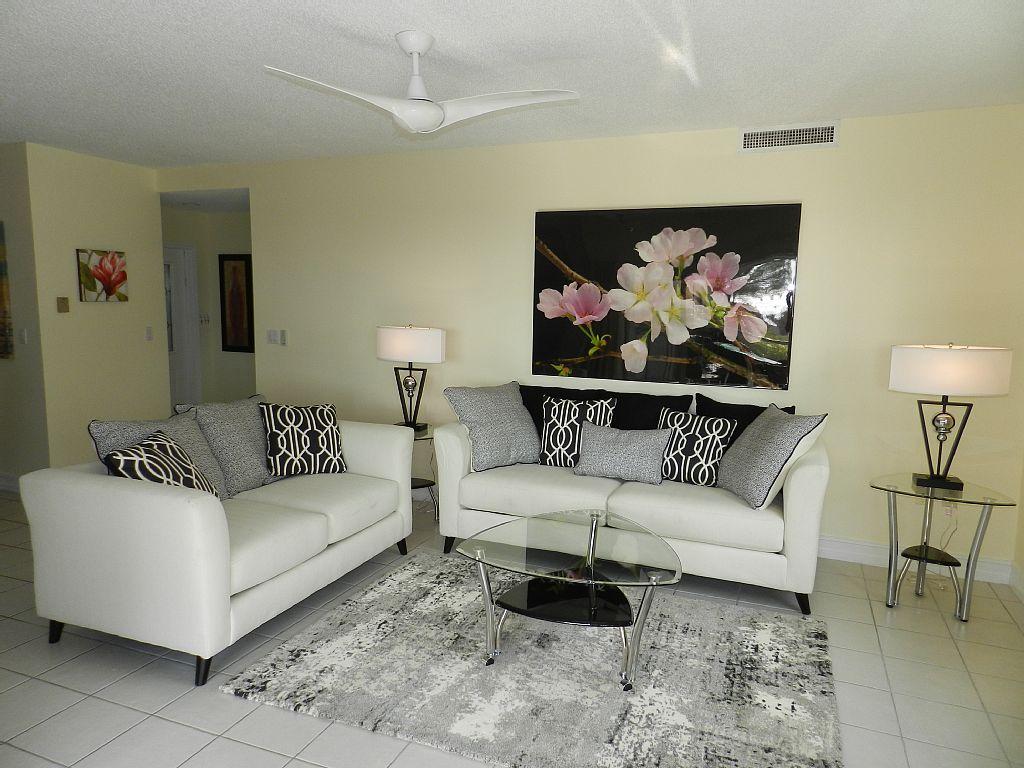 Stylish Living Area.