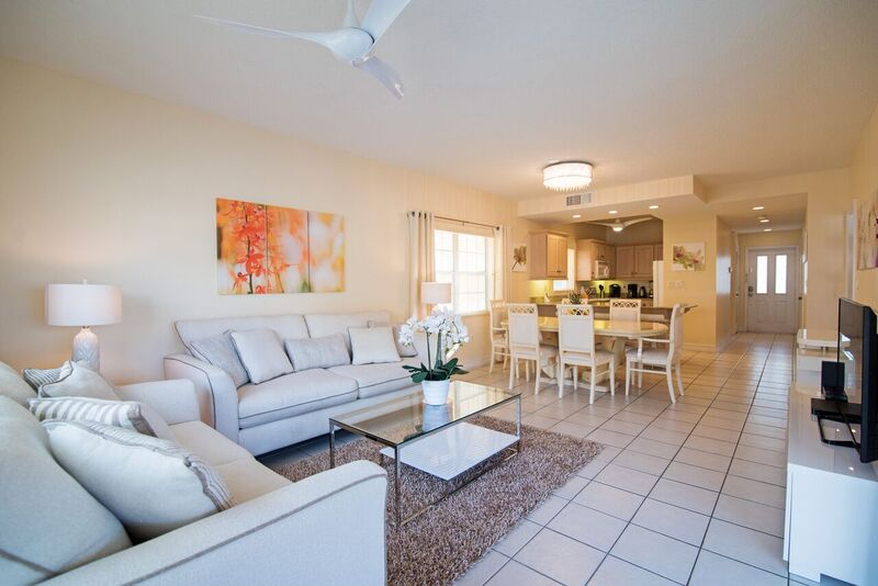Regal Beach Club 224 Living Area