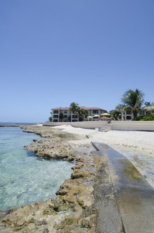 Georgetown Villas Beach & Reef