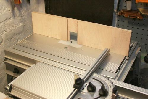 Router table lift and fence festool homemade blog 2 router the wood front are made from high quality plywood greentooth Images