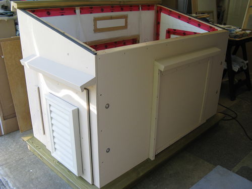 Easy Wood Portable Generator Enclosure : Outdoor insulated generator box build by