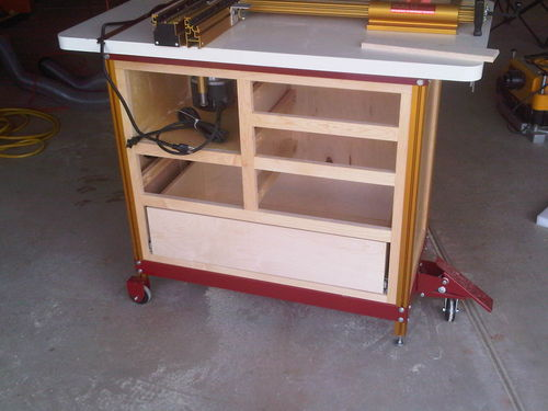 Incra cabinet 5 router table by lance lumberjocks through all of that i managed to go on a date with my wife to outback we had plans so there was no way around that lol happy wife happy life greentooth Choice Image