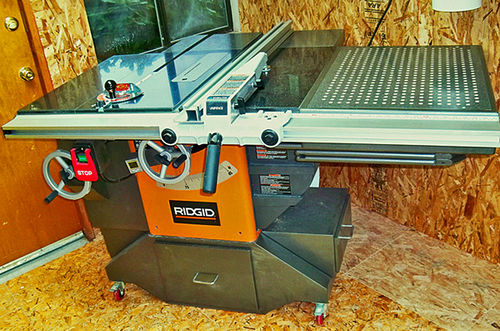 Decked out ridgid model r4511 table saw 12 the unveiling is it okay if i say im really pleased with the way this project turned out dads should be proud of their kids right keyboard keysfo Images