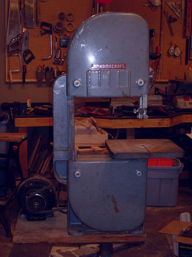 Rockwelldelta homecraft 10 bandsaw restoration 1 the beginning whats weird is as far as i know there are not castrol plants in kelowna who knows what happened during those 58 years the saws been around greentooth Gallery