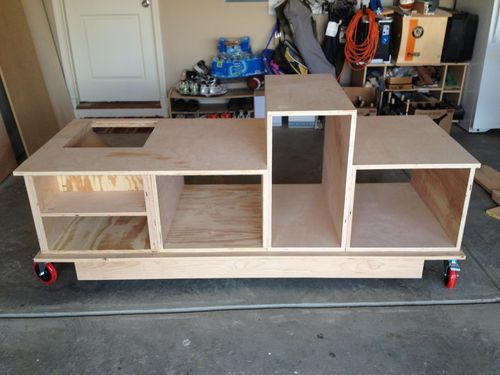 Mobile table saw router table with an infeed and outfeed for Table saw table plans