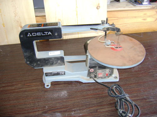 Tool gloat 1 delta 40 560 scroll saw by brianc87 lumberjocks not knowing too much about scrolls saws i figured for 40 i couldnt go wrong with this delta keyboard keysfo