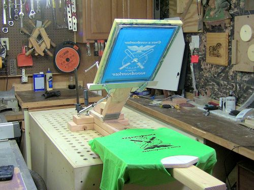 how to clean screen printing screens at home