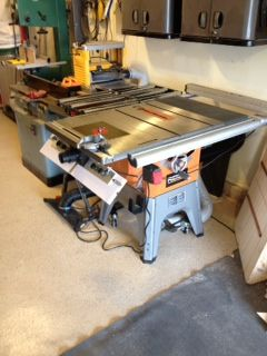 bench dog router table. very happy with this product and much better price than the benchdog. a little modification was required but it is clearly stated to be universal so that bench dog router table
