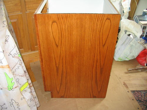 Kitchen Cabinet Refacing: Getting An Even Stain