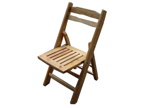 I was wondering if any of you could please share a plan on how to build a  folding wood chair like the one in this picture. Thank you!