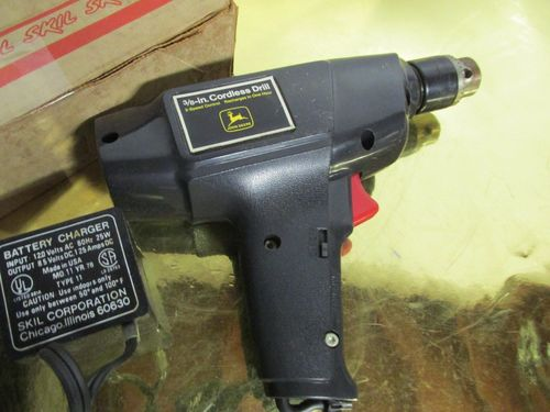 john deere cordless drill driver by skil by bdfan1981 woodworking community. Black Bedroom Furniture Sets. Home Design Ideas