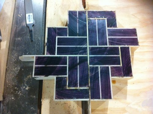 3d end grain cutting board plans. i assembled the \u201cknot\u201d in quarters, then into halves, glued halves together. at this point, made a mistake and aligned them wrong, as seen below. 3d end grain cutting board plans