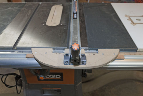 Fix for ridgid r4512 table saw fence by freixas lumberjocks my solution well see how well it works in the long run was to replace the t end of the fence with a home built version that has no play greentooth Images