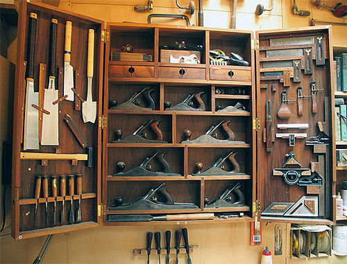 How to construct this hanging tool cabinet? - by ...
