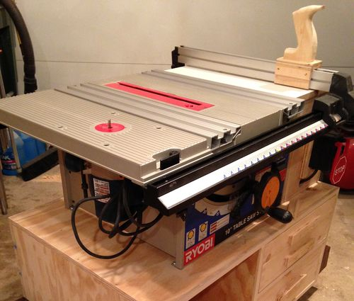years ago when i just needed a cheap table saw for misc household projects i bought a ryobi bt3100 at home depot at that time it was cheap and was one of
